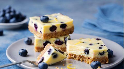 Spontaner Genuss: Blitz-Rezept – Zitroniger Blaubeer-Käsekuchen