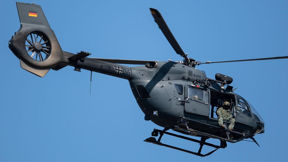 Helicóptero H145m.