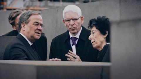 Armin Laschet mit Josef Schuster am Holocaust-Denkmahl am Brandenburger Tor in Berlin.
