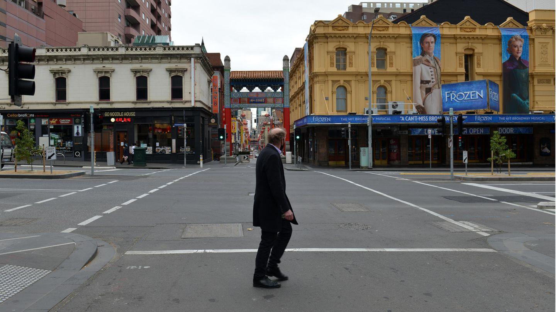 Eine leere Straße in der australischen Metropole Melbourne