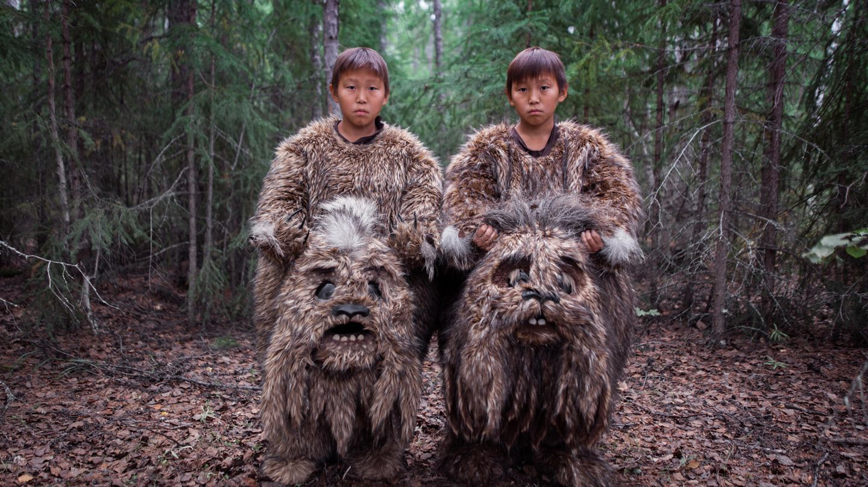 Die Zwillinge Semyon und Stepan verkörpern in dem Film mythische Sumpfwesen. Es ist das erste Mal, dass die beiden in einem Film mitspielen. Viele Schauspieler aus der Region haben keine professionelle Schauspiel-Karrier absolviert. Nur wenige von ihnen haben an Theatern gearbeitet.