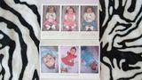 """Platz zwei in der Kategorie Langzeitprojekte belegt die polnische Fotografin Karolina Jonderko. In ihrer Bildgalerie widmet sie sich dem Phänomen """"künstliche Babys"""". Sie sehen echt aus, doch das ist ein Trugschluss. Die Fotos zeigen die """"neu geborene"""" Puppe Lorcia."""