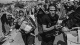 Nach dem Brand machten sich die Menschen aus dem Camp mit ihren Habseligkeiten auf in Richtung Mytilene, der Hauptstadt von Lesbos.