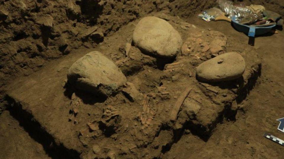 Das Skelett eines 17-jährigen Mädchens, das auf der Insel Sulawesi gefunden wurde