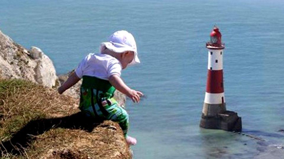 Photoshop: Vater photoshoppt Tochter in brenzlige Situationen