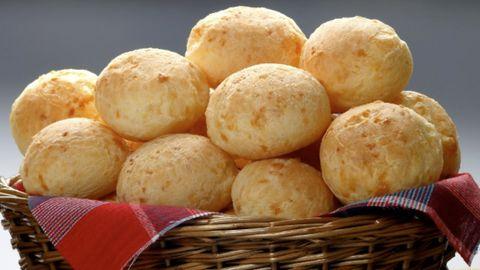 Rezept im Video: Parmesan-Brötchen aus nur drei Zutaten