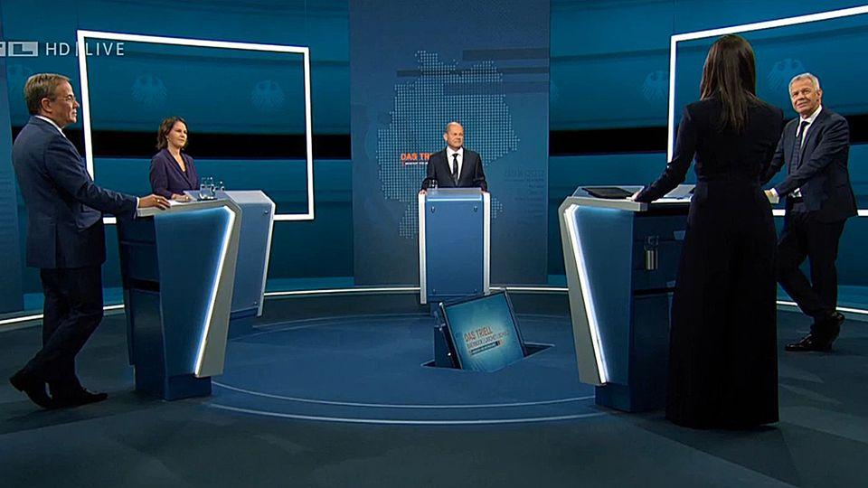 TV-Triell bei RTL - Laschet, Baerbock, Scholz mit Pinar Atalay und Peter Kloeppel
