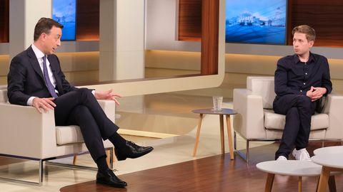 """Paul Ziemiak (l., CDU), Kevin Kühnert (SPD) bei """"Anne Will"""""""