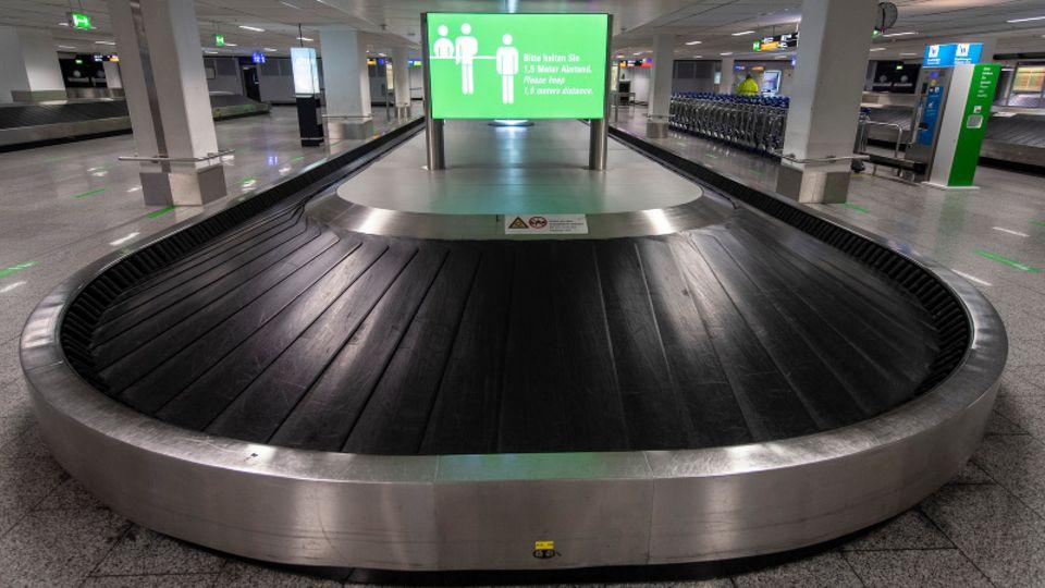 Ein leeres Gepäckband