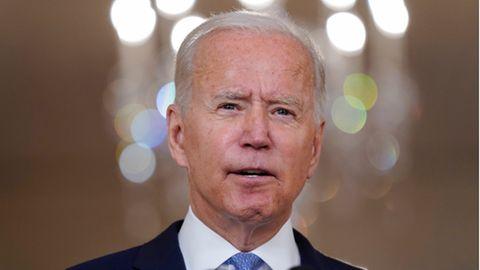 Joe Biden spricht im State Dining Room des Weißen Hauses über Afghanistan
