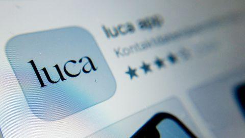 Das Symbol der Luca-App ist auf einem Smartphone zu sehen