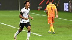 Karim Adeyemi: Der Mittelstürmer, 19,traf bei seinem A-Nationalelf-Debüt - das haben nicht viele geschafft. Als 12-Jähriger wurde er beim FC Bayern aussortiert. Zum Glück erkannten sie bei der SpVgg Unterhaching sein Talent und förderten ihn. Von dort ging es überRB Salzburg und die U21 in die Nationalelf.