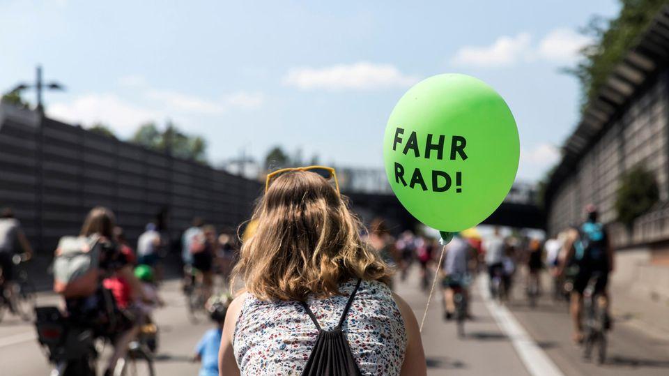 Eine solche Sternfahrt Fahrrad-Demonstration des ADFC, wie hier in Berlin, ist auch zur IAA in München geplant