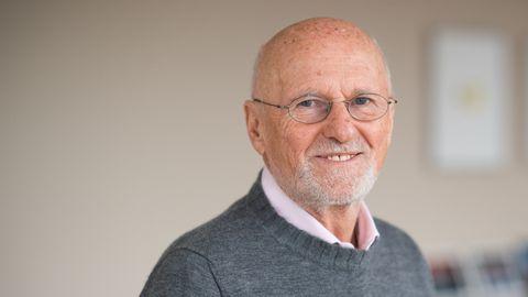 Dirk Roßmann möchte sich nach seinem 75. Geburtstag der Schriftstellerei widmen