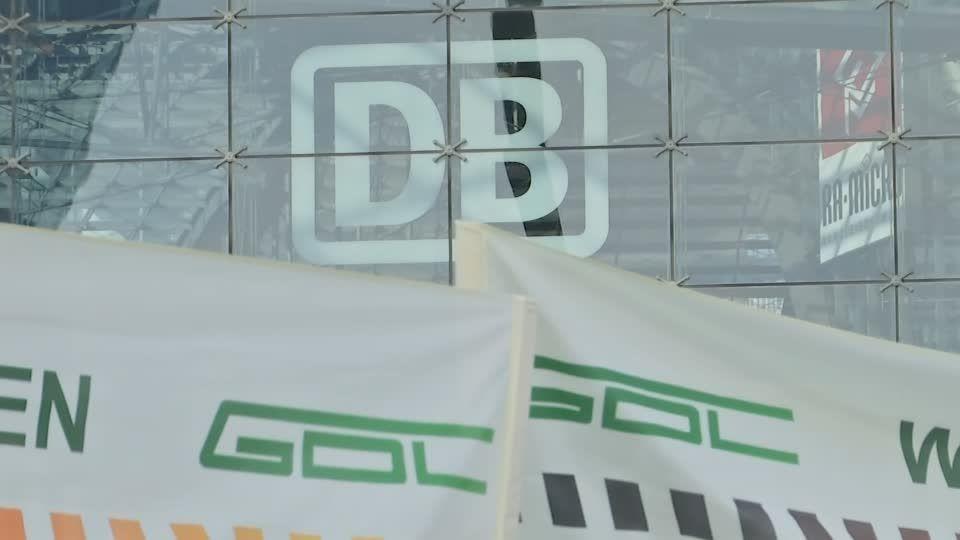 """Arbeitskampf vorerst gestoppt: Bahn fährt wieder, aber GDL-Chef droht: """"Nach dem Streik ist vor dem Streik"""""""