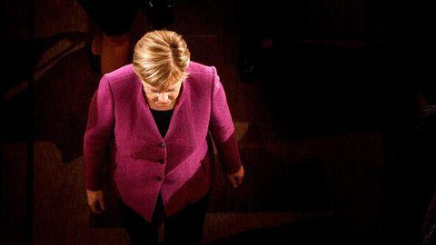Merkel in Magenta:Für ihre Rede am Tag der Deutschen Einheit 2018 wählte die Kanzlerin eine Jackenfarbe, die für Harmonie steht
