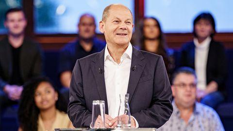 SPD-Kanzlerkandidat Olaf Scholzstellt sich in der ARD-Wahlarena den Publikumsfragen
