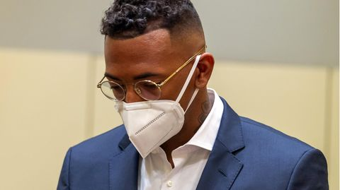 Ex-Fußball-Nationalspieler Jérôme Boateng wurde wegen Körperverletzung an einer Ex-Lebensgefährtin zu einer Geldstrafe verurteilt