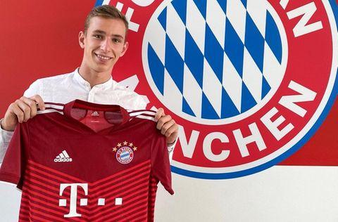 Lovro Zvonarek FC Bayern 2021