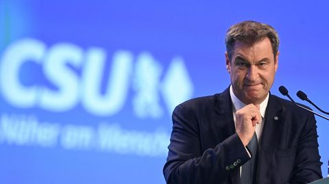 Markus Söder hat bei seiner Rede auf dem CSU-Parteitag Armin Laschet den Rücken gestärkt und SPD-Kanzlerkandidat Olaf Scholz angegriffen