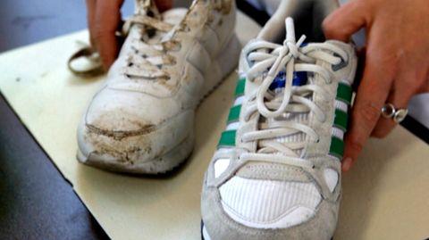 Sneaker reinigen: Mit diesen 5-Tipps sehen die weißen Sneaker aus wie neu