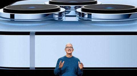 Apple CEO Tim Cook stellt das neue iPhone 13 vor