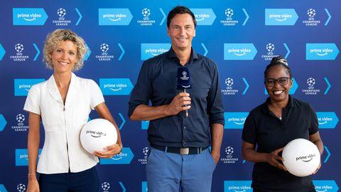 Annika Zimmermann, Sebastian Hellmann und Shary Reeves nehmen an einer Pressekonferenz von Amazon Prime Video teil