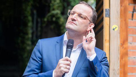 Folgt Jens Spahn dem Ruf des Parteivorsitzes? Bei einer Wahlniederlage von Armin Laschet und der CDU könnte der Bundesgesundheitsminister als Gewinner hervorgehen.