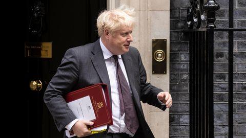 Der britische Premierminister Boris Johnson verlässt die Downing Street No. 10