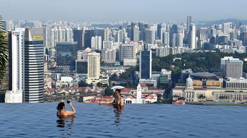 Pool auf dem Dach des Marina Bay Sands Resort