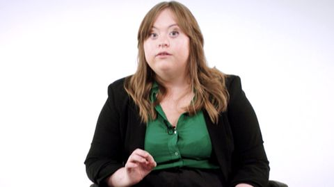 Luisa Wöllisch - Schauspielerin mit Down-Syndrom