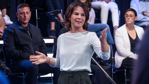 """Annelena Baerbock stellte sich bei """"Klartext"""" den Fragen der Zuschauer:innen"""