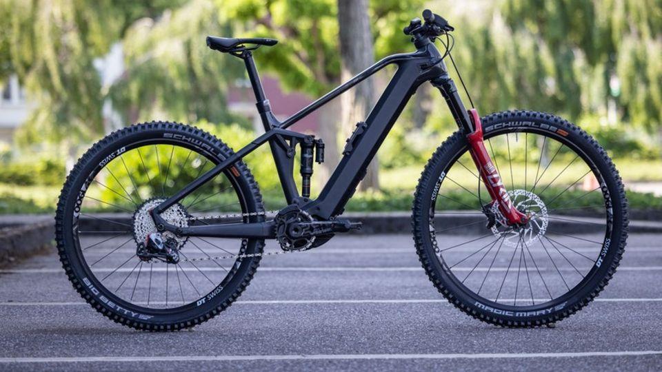Mountainbike von Bulls mit dem 750 Wh Powertube-