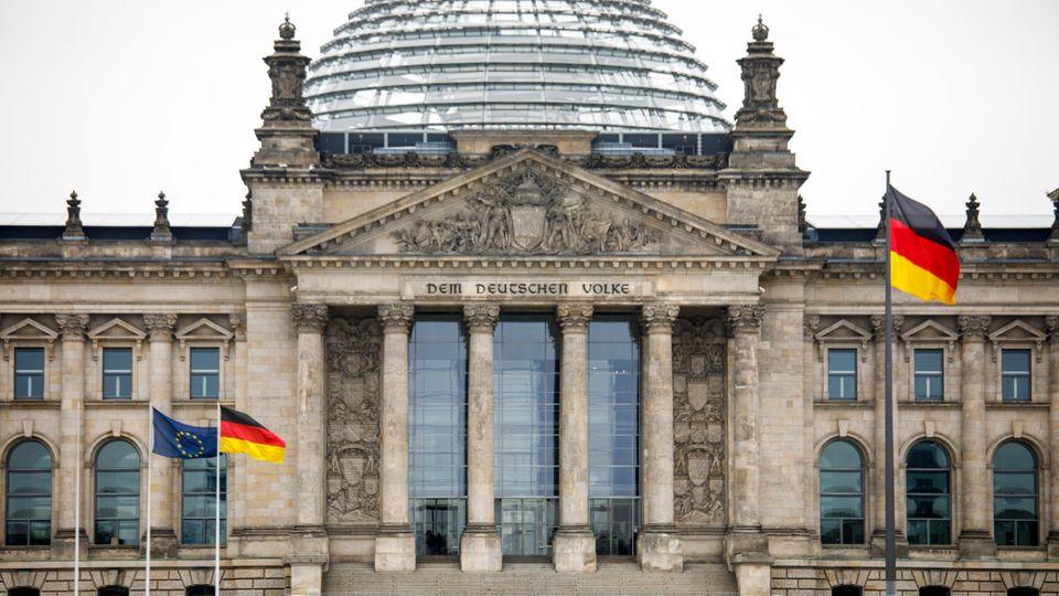 Bis zu 1000 Abgeordnete nach der Bundestagswahl: Platz im Bundestag wird knapp