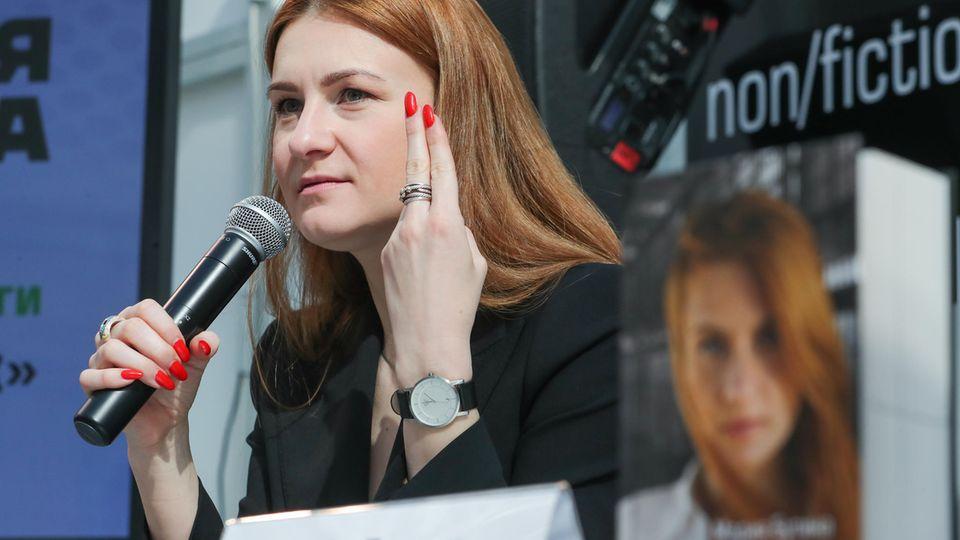 Maria Butina während der Präsentation ihres Buches über ihre Haft in den USA