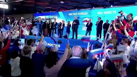 Zukunftspläne für 2024 : Von Putin an Putin: Wie der Kreml-Chef an der Macht bleiben könnte