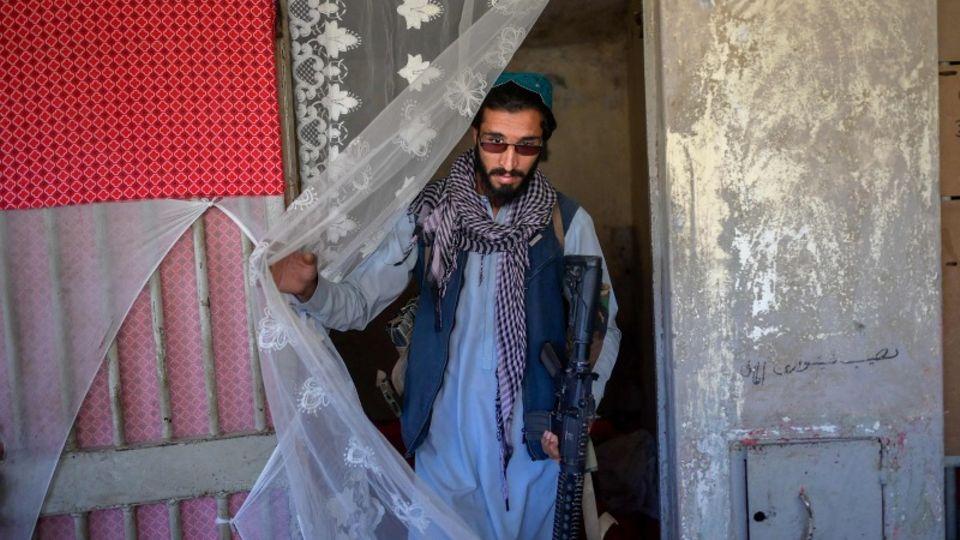 Ein aktueller Amnesty-Bericht zeigt schwerwiegende Menschenrechtsverletzungen durch die Taliban