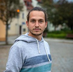 Aktivist Maximilan Becker und Anwohner Enrico Kliemann