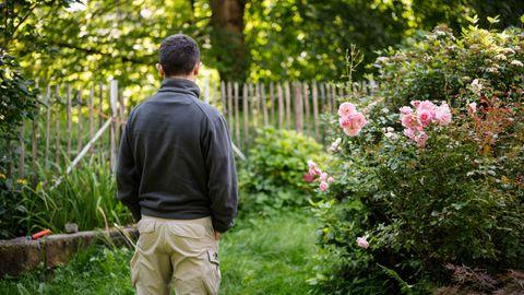 Ramin A. im Garten