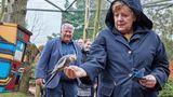 Bei manchen Tieren wirkte Merkel zurückhaltender.