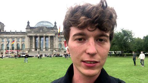 Mann bedrängt Greta Thunberg und Luisa Neubauer: stern-Reporter über unschöne Szene beim Klimastreik
