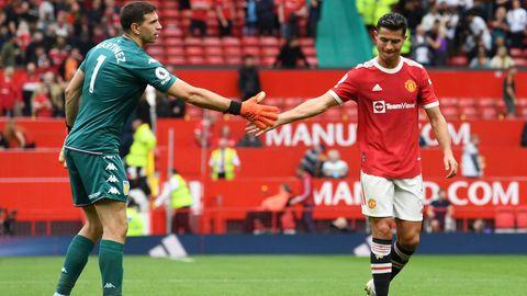 Emiliano Martinez Aston Villa Cristiano Ronaldo Manchester United