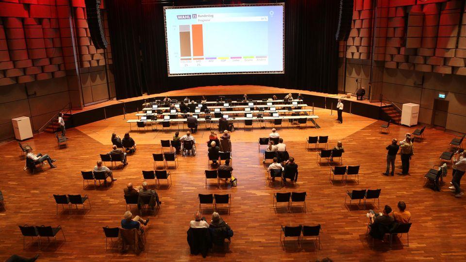 Im Sitzungssaal der CDU am Wahlabend