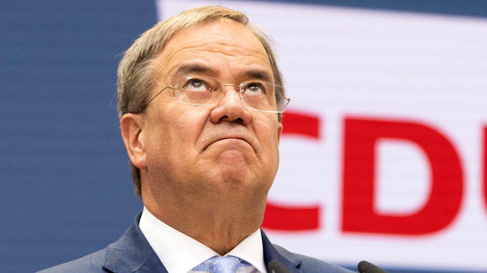 Armin Laschet zeigt sich nach der Bundestagswahl 2021 kämpferisch