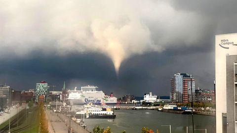 Tornado in Kiel: Video von Windhose an Kieler Förde