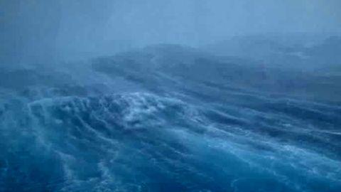 Zwischenfall in Louisiana: Hurrikan wütet im Hangar und zerstört einen privaten Jumbojet