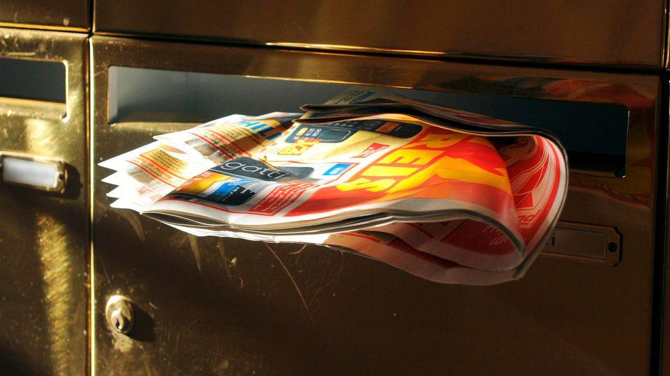 Das kennt jeder: Die Werbeprospekte aus dem Briefkasten landen oft im Altpapier