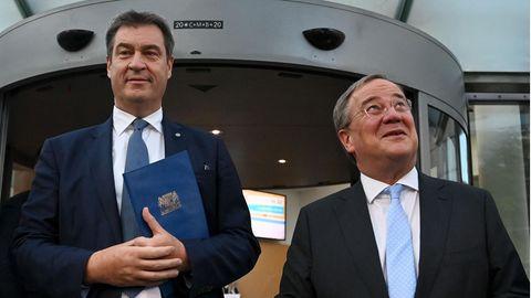 CSU-Vorsitzender Markus Söder (l.) und CDU-Chef Armin Laschet