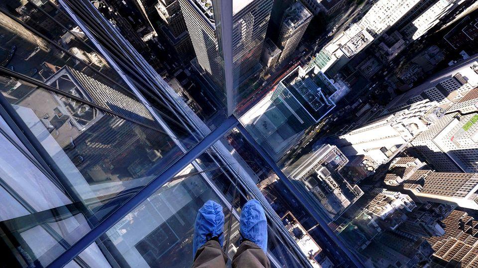 New Yorker Aussichtsplattform sorgt mit optischen Täuschungen für Staunen