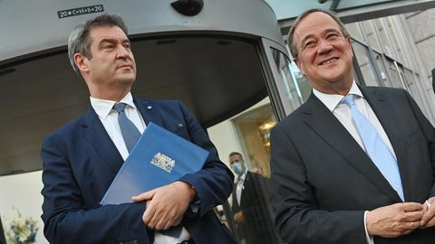 CSU-Parteichef Markus Söder (l.) und CDU-Parteichef Armin Laschet
